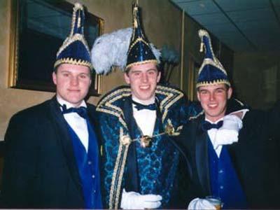 Trio 2000